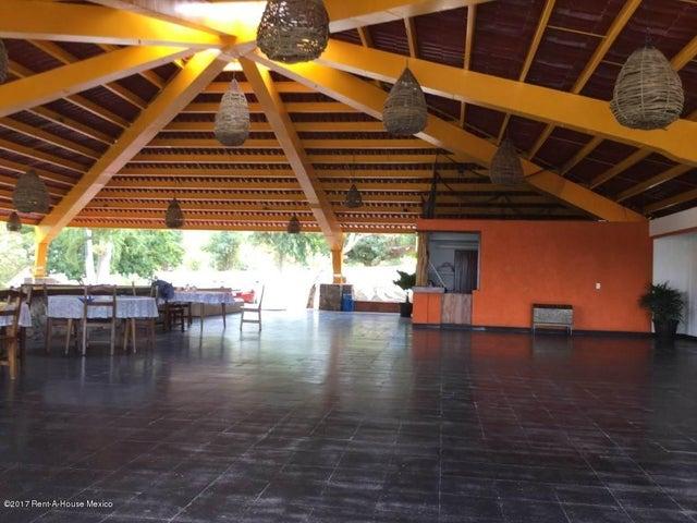 Local Comercial Gerrero>Tecpan de Galeana>Tecpan de Galeana - Renta:60.000.000 Pesos - codigo: 17-61