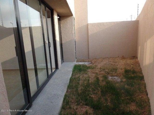 Casa Queretaro>Queretaro>El Refugio - Renta:13.000 Pesos - codigo: 18-397