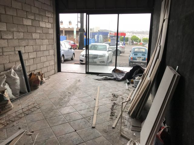 Local Comercial Queretaro>Queretaro>El Mirador - Renta:11.400 Pesos - codigo: 18-398