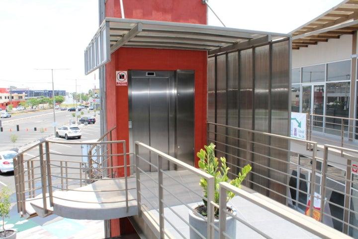 Bodega Queretaro>Corregidora>El Pueblito - Venta:643.982 Pesos - codigo: 18-388