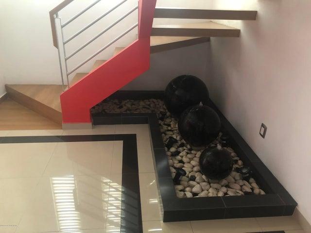 Casa Queretaro>Queretaro>El Mirador - Venta:2.600.000 Pesos - codigo: 18-506