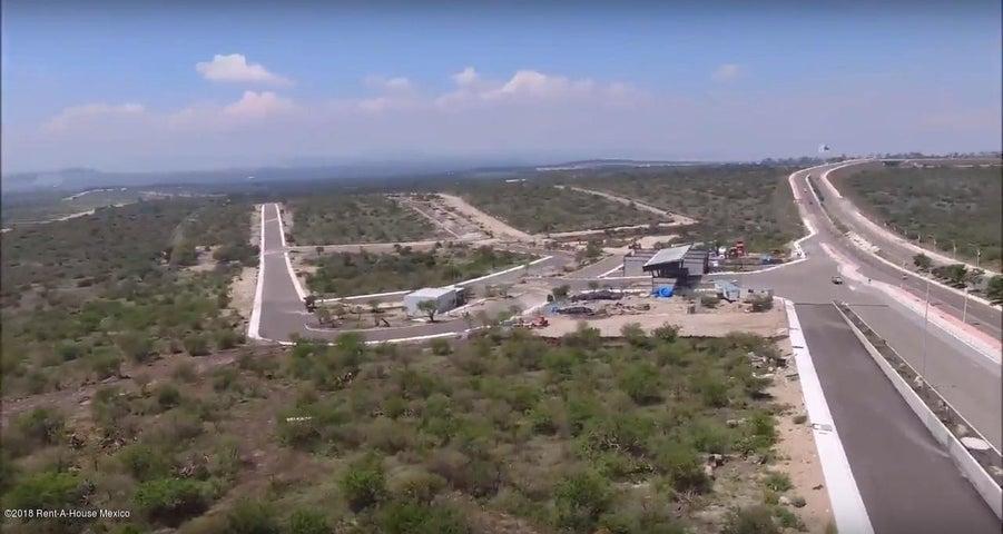 Terreno Queretaro>El Marques>Zakia - Venta:3.577.600 Pesos - codigo: 18-554