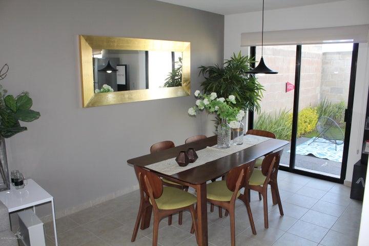 Casa Queretaro>Queretaro>El Mirador - Venta:1.324.900 Pesos - codigo: 18-801