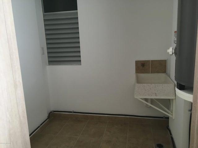 Departamento Queretaro>Queretaro>El Refugio - Renta:12.500 Pesos - codigo: 19-61