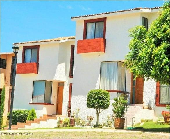 Casa Queretaro>Corregidora>Tejeda - Venta:3.500.000 Pesos - codigo: 19-131