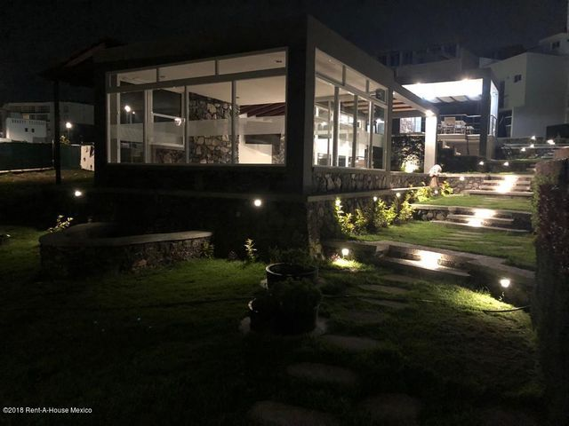 Casa Queretaro>El Marques>Zibata - Venta:3.200.000 Pesos - codigo: 19-385