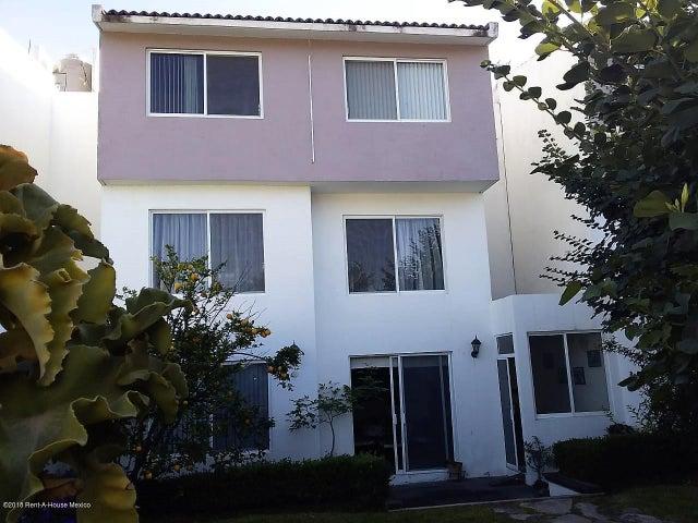 Casa Queretaro>Corregidora>El Pueblito - Venta:3.465.000 Pesos - codigo: 19-391