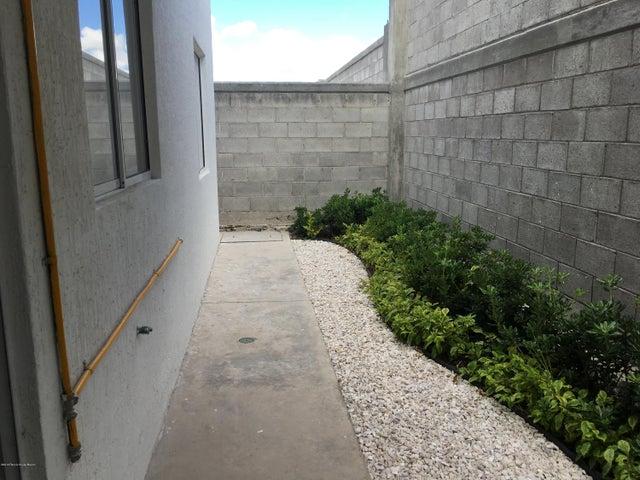 Departamento Queretaro>Queretaro>Ciudad Del Sol - Venta:690.000 Pesos - codigo: 19-415