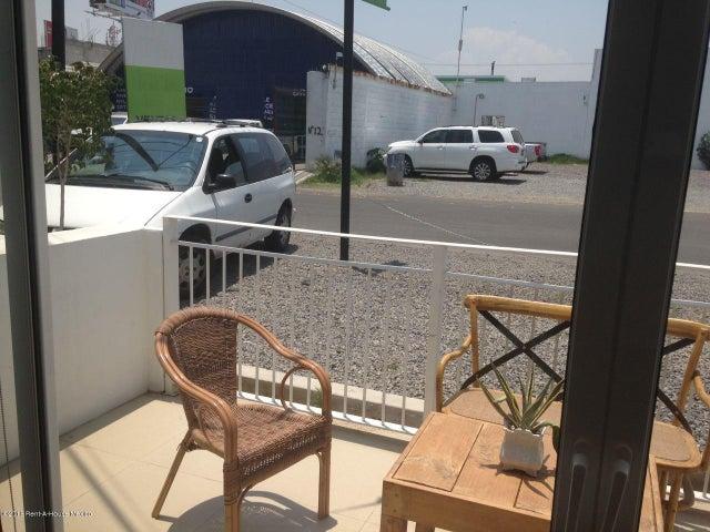 Departamento Queretaro>Corregidora>El Pueblito - Venta:2.452.000 Pesos - codigo: 19-419
