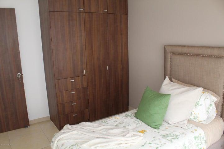 Casa Queretaro>Queretaro>San Isidro Juriquilla - Venta:1.896.400 Pesos - codigo: 19-433