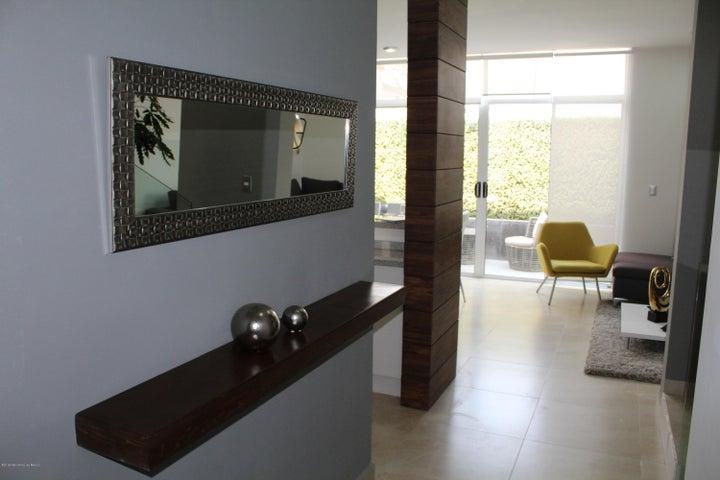 Casa Queretaro>Corregidora>Canadas del Lago - Venta:1.755.000 Pesos - codigo: 19-436