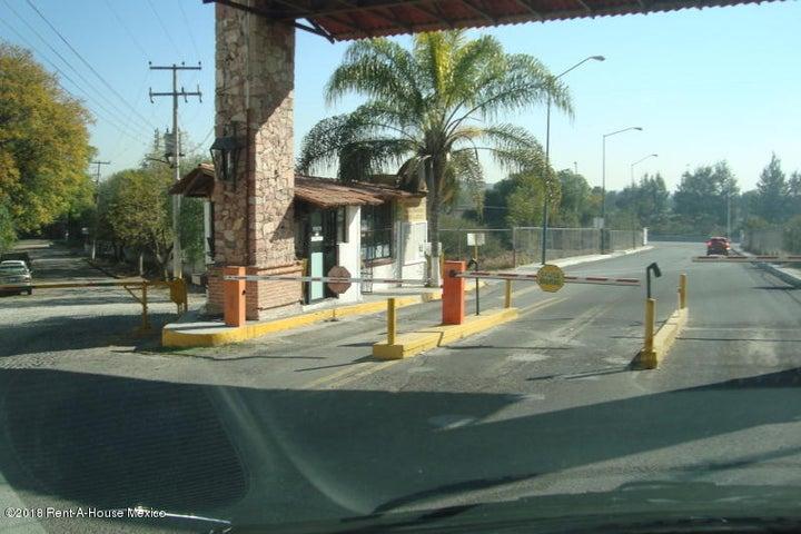Terreno Queretaro>Queretaro>Huertas La Joya - Venta:3.115.200 Pesos - codigo: 19-439
