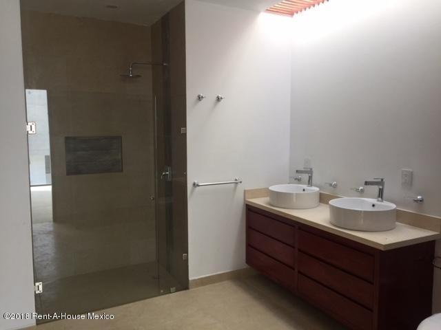 Casa Estado de Mexico>Atizapan de Zaragoza>Lomas de Bellavista - Venta:6.850.000 Pesos - codigo: 19-454