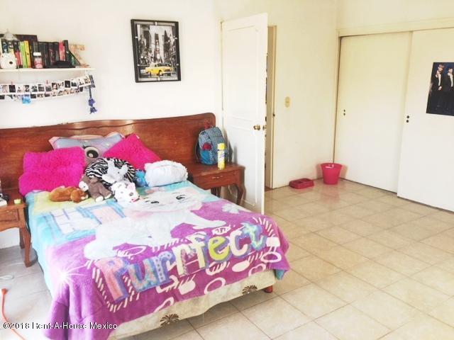 Casa Estado de Mexico>Atizapan de Zaragoza>Lomas de Bellavista - Venta:11.900.000 Pesos - codigo: 19-460