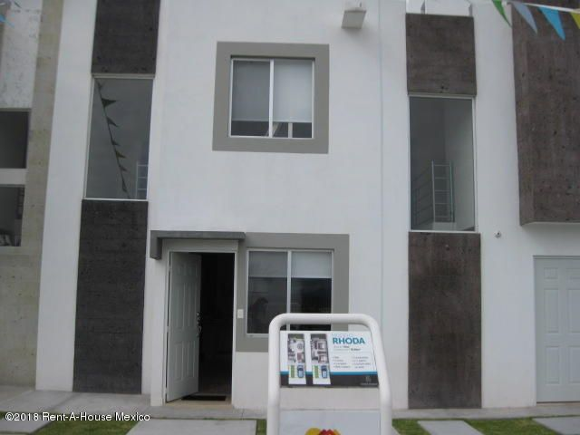 Casa Queretaro>El Marques>El Rosario - Venta:890.000 Pesos - codigo: 19-495