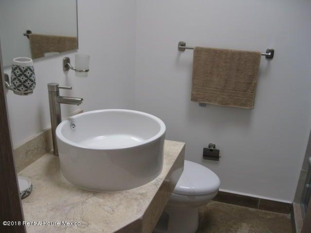Casa Queretaro>El Marques>Zakia - Venta:1.884.295 Pesos - codigo: 19-501