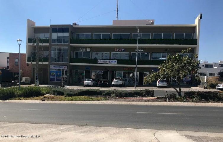 Local Comercial Queretaro>Queretaro>El Refugio - Renta:16.518 Pesos - codigo: 19-521