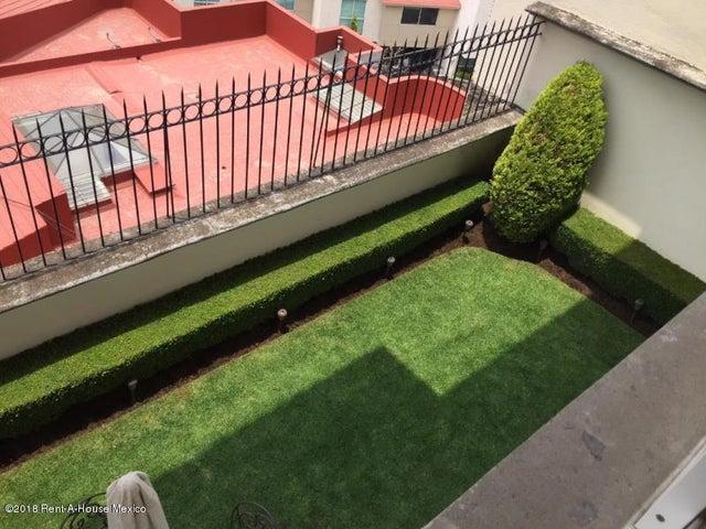 Casa Estado de Mexico>Huixquilucan>Hacienda de las Palmas - Venta:11.600.000 Pesos - codigo: 19-559