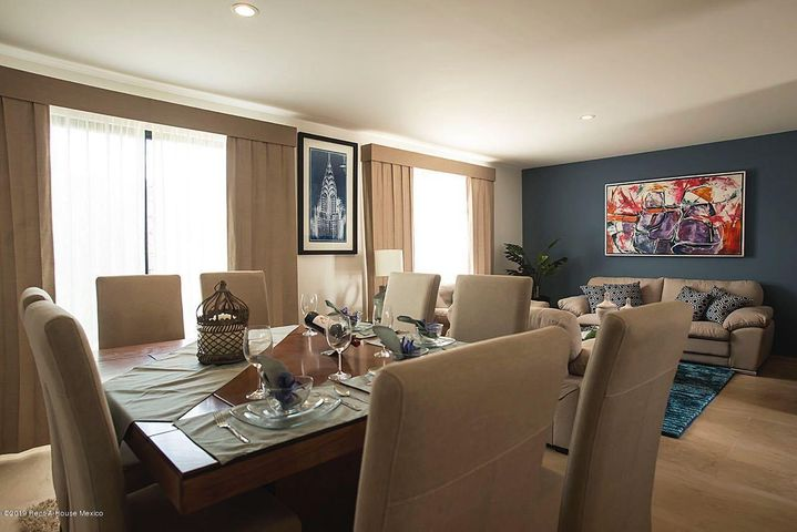 Casa Queretaro>Corregidora>El Condado - Venta:2.120.000 Pesos - codigo: 19-677