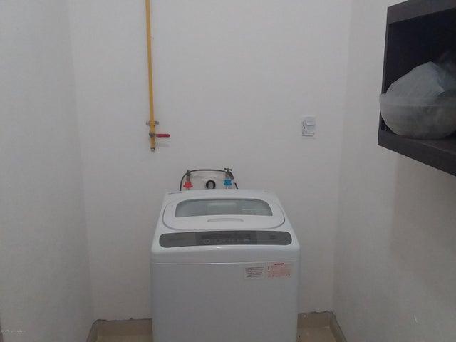 Departamento Queretaro>Queretaro>Privalia Ambienta - Renta:9.000 Pesos - codigo: 19-607