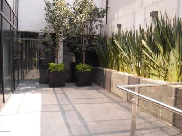 Oficina Distrito Federal>Cuauhtémoc>San Rafael - Renta:131.000 Pesos - codigo: 19-723