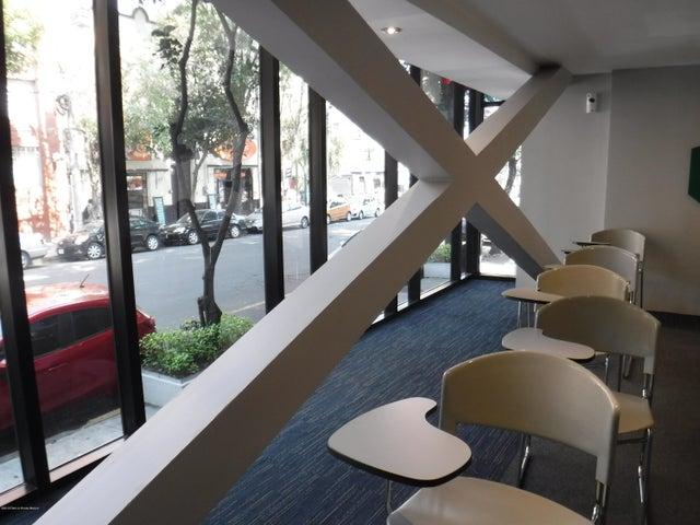 Oficina Distrito Federal>Cuauhtémoc>San Rafael - Renta:166.500 Pesos - codigo: 19-724