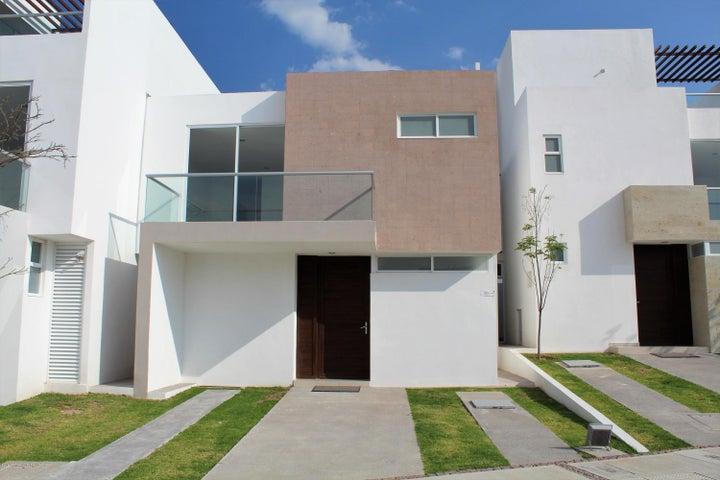 Casa Queretaro>Corregidora>Canadas del Arroyo - Venta:2.423.000 Pesos - codigo: 19-731