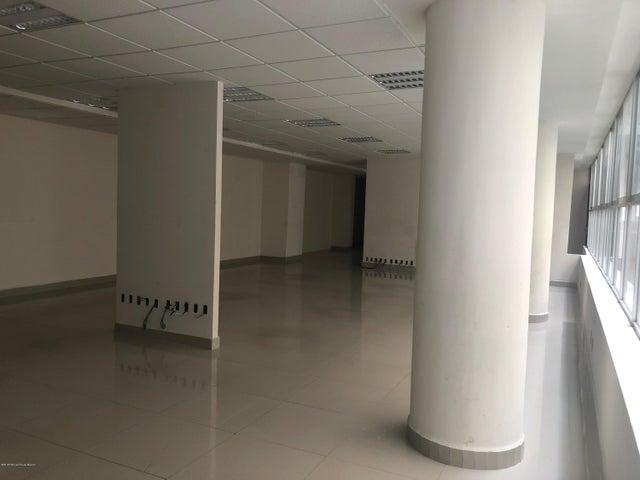 Edificio Distrito Federal>Cuauhtémoc>Cuauhtemoc - Venta:7.000.000 Dolar - codigo: 19-811