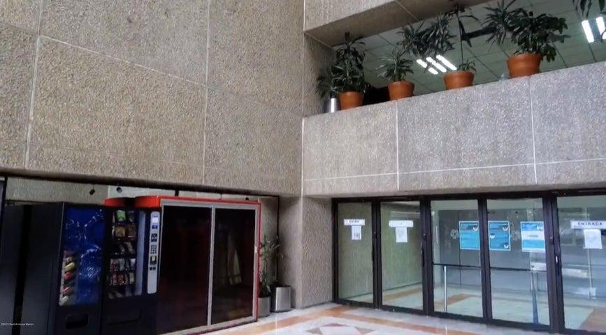 Edificio Distrito Federal>Alvaro Obregón>San Angel - Renta:460 Pesos - codigo: 19-817