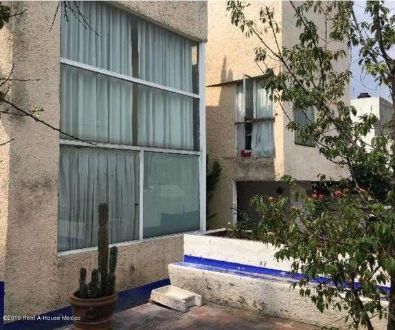 Edificio Distrito Federal>Tlalpan>Fuentes de Tepepan - Venta:30.000.000 Pesos - codigo: 19-819