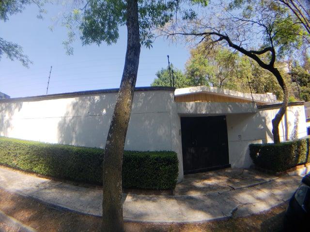 Casa Distrito Federal>Miguel Hidalgo>Bosques de las Lomas - Renta:80.000 Pesos - codigo: 19-875