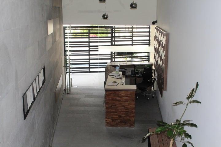 Departamento Queretaro>El Marques>Zibata - Venta:2.390.000 Pesos - codigo: 19-927