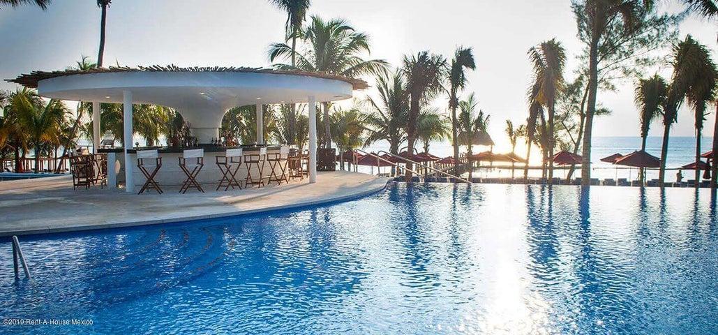 Departamento Quintana Roo>Playa Del Carmen>The Fives - Venta:4.199.000 Pesos - codigo: 19-930