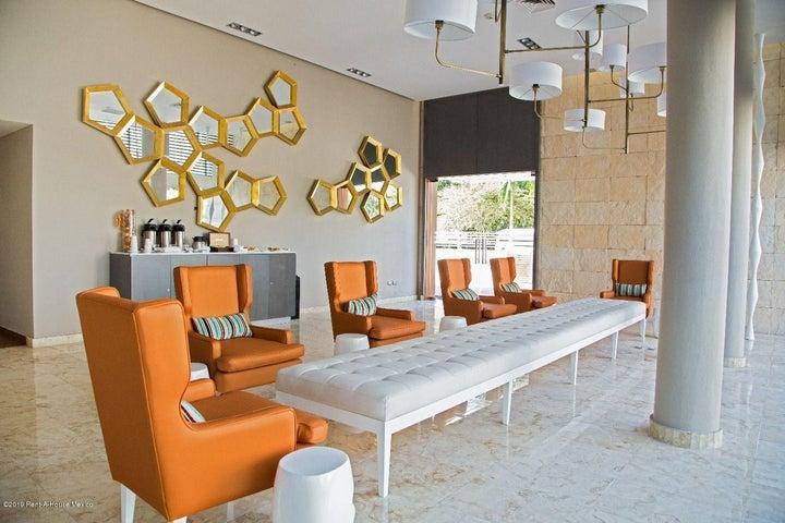 Departamento Quintana Roo>Playa Del Carmen>The Fives - Venta:7.581.000 Pesos - codigo: 19-935