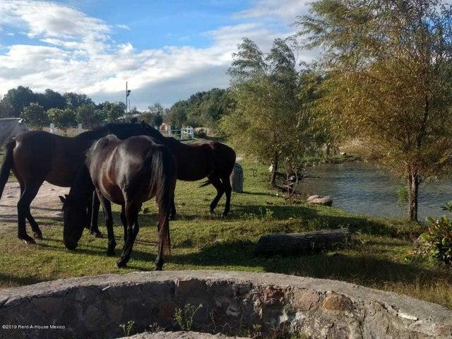 Terreno Queretaro>Corregidora>Canadas del Arroyo - Venta:574.560 Pesos - codigo: 19-1001