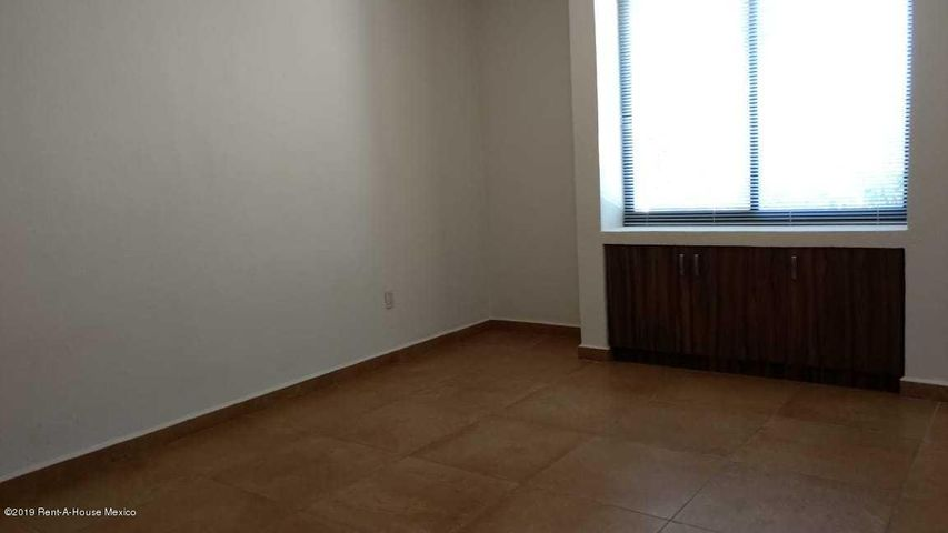 Casa Queretaro>Corregidora>Canadas del Lago - Venta:2.850.000 Pesos - codigo: 19-1029