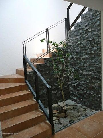 Casa Queretaro>Corregidora>Canadas del Lago - Venta:4.200.000 Pesos - codigo: 19-1030