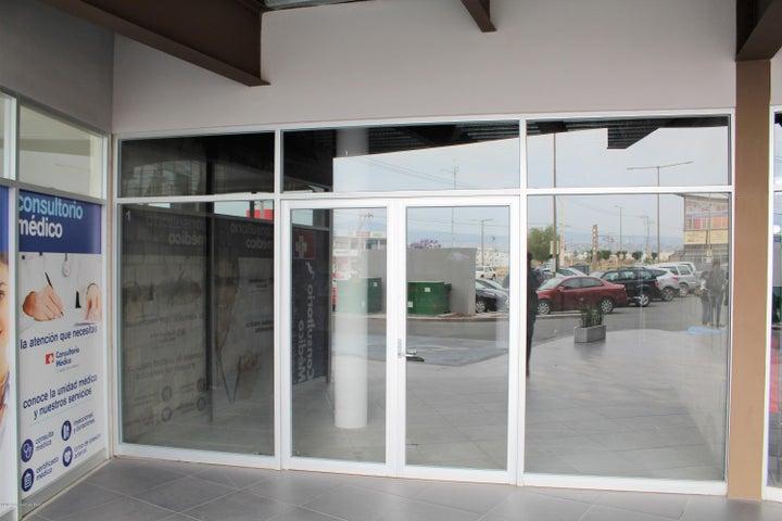 Local Comercial Queretaro>Corregidora>El Pueblito - Renta:20.800 Pesos - codigo: 19-1033