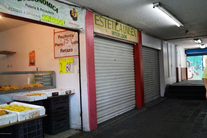 Local Comercial Distrito Federal>Azcapotzalco>San Antonio - Renta:400 Pesos - codigo: 19-1043