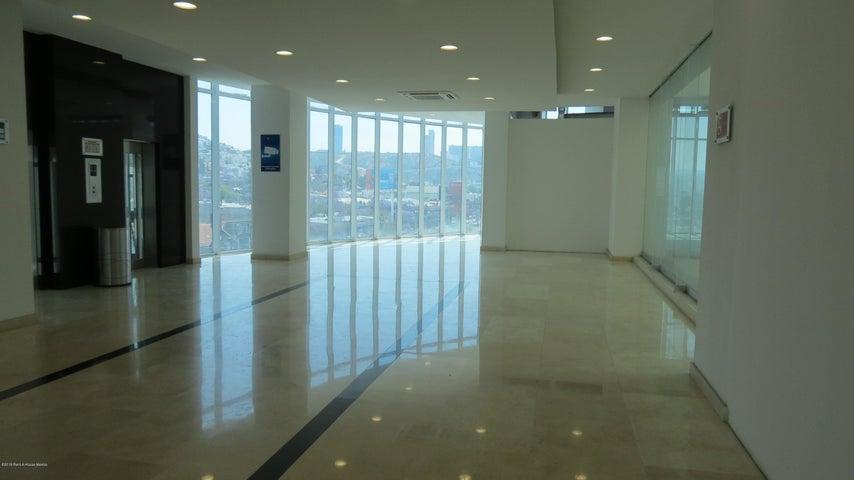 Nuevo Queretaro>Queretaro>Alamos 3era Seccion - Renta:6.500 Pesos - codigo: 19-1056