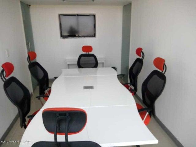 Oficina Queretaro>Queretaro>Centro Sur - Renta:18.600 Pesos - codigo: 19-1059