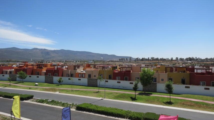 Departamento Guanajuato>San Miguel Allende>Zirandaro - Venta:2.500.000 Pesos - codigo: 19-1067
