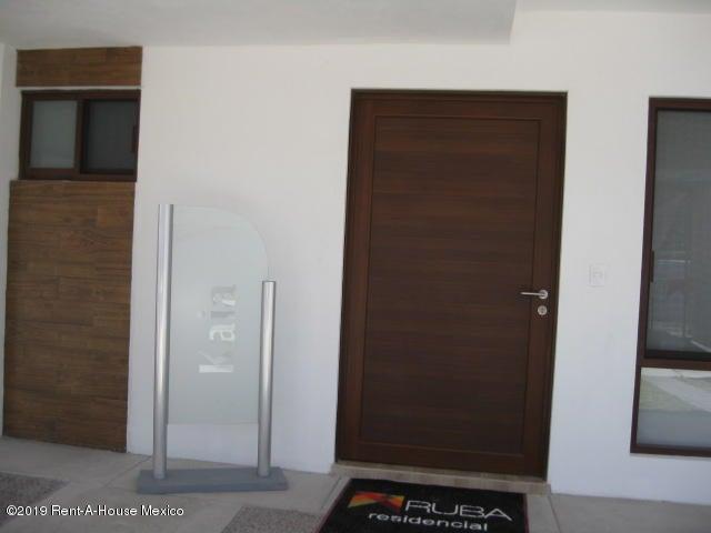 Casa Queretaro>El Marques>Zibata - Venta:2.603.837 Pesos - codigo: 19-326