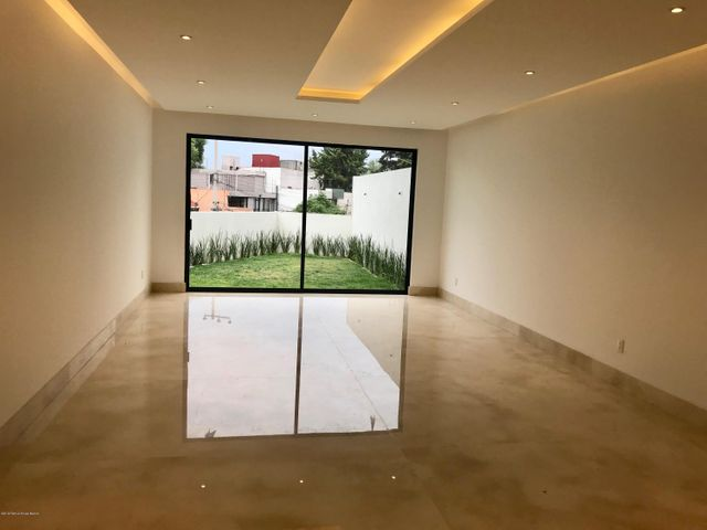 Casa Estado de Mexico>Naucalpan de Juarez>Lomas de Tecamachalco - Venta:17.500.000 Pesos - codigo: 19-1099