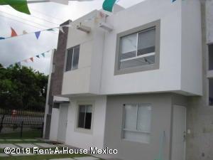 Rah 19 1013 Casa En Rincones Del Marques 1082000