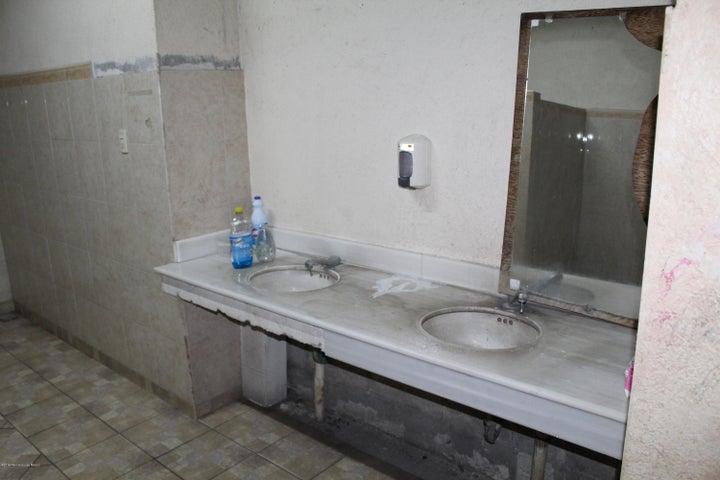Queretaro>El Marques>Parque industrial Bernardo Quintana - :390.000 Pesos - codigo: 19-1156