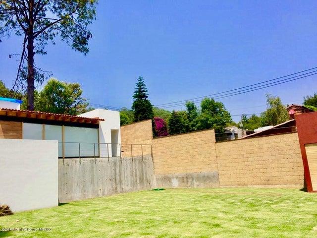 Casa Estado de Mexico>Valle de Bravo>Valle de Bravo - Venta:9.750.000 Pesos - codigo: 19-1253