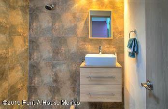 Casa Estado de Mexico>Huixquilucan>El Pedregal - Venta:2.272.000 Pesos - codigo: 19-1261