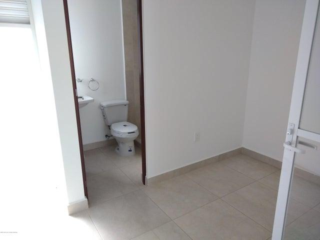 Casa Queretaro>El Marques>Zakia - Venta:2.500.000 Pesos - codigo: 19-1336