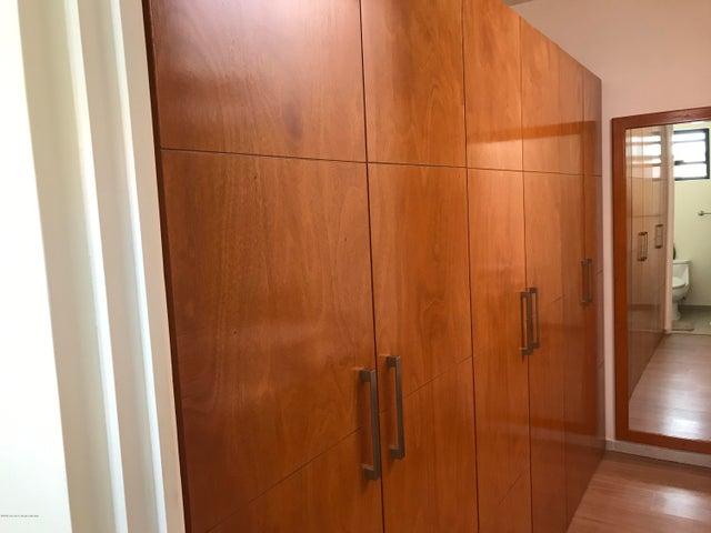 Casa Queretaro>Queretaro>El Mirador - Renta:20.000 Pesos - codigo: 19-1353